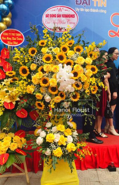 lang-hoa-hong-vang-khai-truong-e1618546575839.jpg